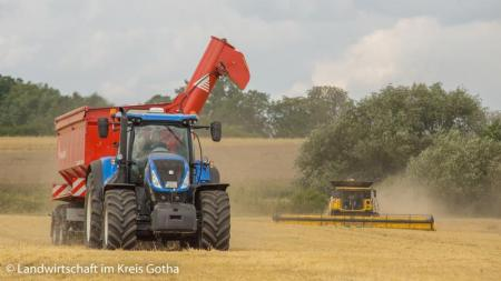 REALISTIC HARVESTING AND SOWING V1.0