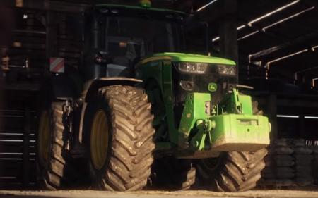 John Deere Brand arrives to Farming Simulator 19